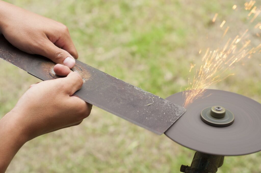 How To Sharpen Lawn Mower Blades Without Removing Them