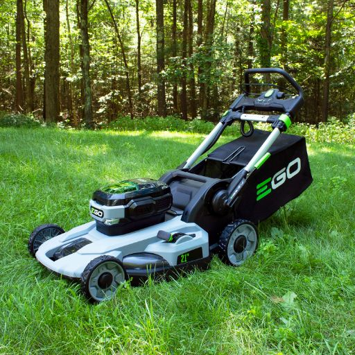 Tips For Using a Battery Mower